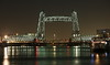 Geheven Hef (Maurits van den Toorn) Tags: brug hefbrug bridge brücke pont hef spoorbrug rotterdam koningshaven rivier river nieuwemaas avond evening night verlichting lighting