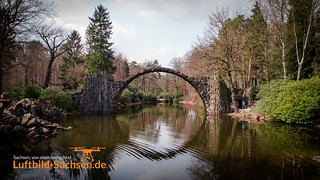 Die Rakotzbrücke am Rakotzsee