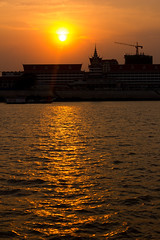 Sunset on the Mekong (Five Second Rule) Tags: phnompenh 2017 cambodia mekongriver sunset evening dark water boat silouette