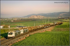Puertollano. (pazalberto269) Tags: trainspotting amazing spain ciudad real traxx benceno photography nikon renfe tracks village d5300