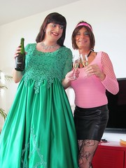 Cheers (Paula Satijn) Tags: girl dress gown green skirt satin silk silky shiny ballgown gurl tgirl happy smile joy friends champagne