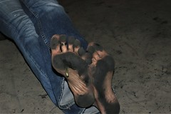 dirty feet - indoor 622 (dirtyfeet6811) Tags: feet soles barefoot dirtyfeet dirtysoles blacksoles partyfeet