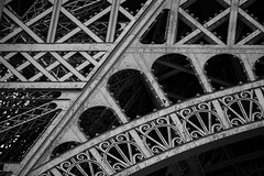Eiffel Tower, Paris, France (pas le matin) Tags: bw nb monochrome architecture blackandwhite noiretblanc world travel voyage paris france europe europa eiffeltower eiffel tower detail canon 5d canon5d canon5dmkiii 5dmkiii canoneos5dmkiii eos5dmkiii