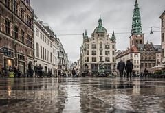 I55A2341 (michael.nilsson.se) Tags: copenhagen köpenhamn amagertorv street streetphoto ströget rainy rain