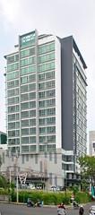 Midtown Residence Marvell City (Everyone Sinks Starco (using album)) Tags: building gedung arsitektur architecture surabaya eastjava jawatimur apartemen apartment
