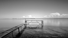 au fond à droite (prenzlauerberg) Tags: 2017 lac lake lacdeneuchâtel landscape nb bw noiretblanc eau ciel 1835 nuage dxo suisse switzerland schweiz neuchatel boudry paysage d610 nikon inexplore explore