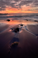 Light writes poetry (Beatriz-c) Tags: sunset atardecer beach playa mar ocean sea oceano stone piedra light luz sky cielo clouds nubes travel viaje canary islands islas canarias tenerife orotava shore orilla nature naturaleza