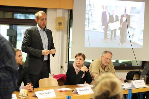 """Bei der Versammlung der Interessengemeinschaft """"Englische Siedlung"""" in Alexandersfeld habe ich über mein Engagement für die Anwohner berichtet. Foto: Dirk Jahn."""