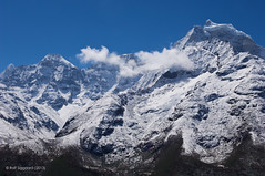 Ama Dablam view (Rolf Siggaard) Tags: nepal mountains nature portraits landscapes kathmandu himalaya nikond2x mounteverestbasecamp intrepidtravel aperture3