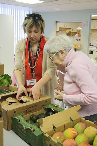 Mini-Farmer's Market - George Barker - May 18, 2012 (11)