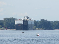 Mighty ships on the Columbia River. (urbanadventureleaguepdx) Tags: columbiariver willametteriver kelleypointpark