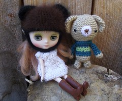 Feather and sweater beary