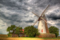 Eickhorst Windmhle (blavandmaster) Tags: old sunset summer sky sun colour building green history mill windmill grass skyline architecture clouds germany garden season landscape moulin deutschland licht soleil countryside mhle zonsondergang construction flickr colours sonnenuntergang cloudy awesome natur rusty july himmel wolken historic ciel arbres owl processing handheld nrw nuages landschaft bume allemagne hdr molen artefact kreis westfalen ostwestfalen windmhle photomatix mhlenstrasse 2013 mhlenkreis eickhorst