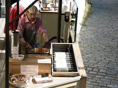 008921 - Praga (M.Peinado) Tags: copyright canon comida praha praga cocinero chequia esko eskrepublika 2013 r canoneos60d repblicachecha 06092013 septiembrede2013