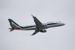 EI-RDE ERJ175 Alitalia (corrydave) Tags: barcelona alitalia embraer erj175 eirde 17000335