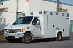 Priority Patient Transfer Service or PPTS Ford E series ambulance Ottawa, Ontario Canada 03192010 Ian A. McCord (ocrr4204) Tags: ontario canada ford kodak ottawa ambulance vehicle pointandshoot mccord nepean emergency easyshare eseries ppts c813 ianmccord ianamccord prioritypatienttransferservice