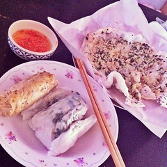 เบร็กฟาดกับอาหารสุดชีคยามเข้า #อาหารเวียดนาม #ขุ่นแม่จัดให้ #ไปซื้อมาให้ #เห็นว่าที่กรุงเทพแพงมาก3อัน80 #ที่นี่5อัน20