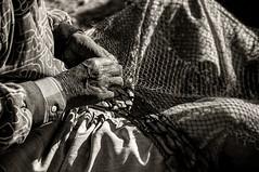 UN ANTICO CAMEO.......... (colpo d'occhio) Tags: africa bw fishing fisherman hands bn marocco antico essaouira pescatore rete mestiere rammendo