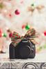 Xmas gift (01/52) (stephaniereis.) Tags: camera natal janeiro january gift bow presente xmasgift 2014 laco presentedenatal 60d canoneos60d canoneosxsi450d stephaniereis stephaniereiscom