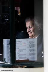 Brasserie (Streetphotography by Joost Smulders) Tags: street light woman holland color colour window amsterdam restaurant licht candid streetphotography oldwoman vrouw brasserie raam straat kleuren oudevrouw straatfotografie