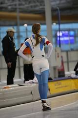 2B5P0113 (rieshug 1) Tags: 500 3000 tilburg 1500 1000 nk juna dames schaatsen speedskating eisschnelllauf junioren nkjunioren ireenwustijsbaan gewestnoordbrabantlimburgzeeland