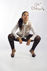 Laura (hugo_gomez87) Tags: girl beauty book model chica modelo latin latina belleza beuty