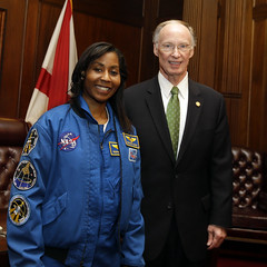 04-03-2014 Astronaut Stephanie Wilson me