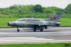 2429: Bangladesh Air Force FT-7B. (Samee55) Tags: bangladesh dhaka planespotting 2016 dac baf chengdu 25sqd trendsetters