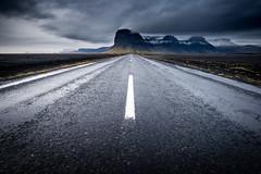 Road to Lómagnúpur (modesrodriguez) Tags: 2016 iceland islandia landscape paisaje travel viaje mountain lómagnúpur sky dramatic clouds rain
