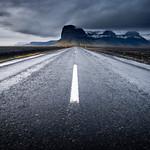 Road to Lómagnúpur thumbnail