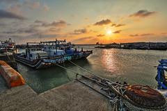 Sunset (js hsu) Tags: sunset nanliao hsinchu taiwan hdr 夕陽 落日 南寮 新竹 台灣