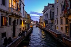 Ultime luci del giorno a Venezia (binoguzzi) Tags: venezia venice ponte tramonto canale veneto fujifilm fujixt10 fujilover fujifilmxseries fujixuser xf16mm 16mm panoramic