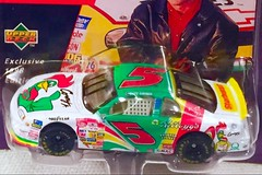#13-41, Terry LaBonte, Signing, Hot Wheels, 1998, Pro Racing, 1st edition, NASCAR, #5, Kelloggs (Picture Proof Autographs) Tags: 1341 terrylabonte signing hotwheels 1998 proracing 1stedition nascar 5 kelloggs withpictureproofphoto ppp