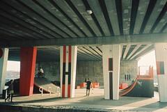 Budapest (cranjam) Tags: olympus μmjuii mjuii film adox colorimplosion budapest hungary ungheria petőfihíd skatepark skating bridge ponte graffiti streetart petőfibridge borárostér