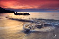 White Rock Beach , Killiney , Dublin (Frederick Bancale) Tags: gnd09 formatthitech craick greenarmy emeraldisle irish painting waves sunrise ireland beach dublin killiney whiterock