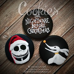 Nightmare Before Christmas Sandy Claws (cREEative_Cookies) Tags: creeatve cookies ree halloween hallows dia delos muertos candy skulls typography sugar art decorated cookie decorating party theme desserts holiday dessert zombie eyeball nightmare before christmas jack skellington sandy cupcakes spiders pumpkins jackolanterns leaves platter ghosts corn bats blood bloody cut finger ears butcher 3d
