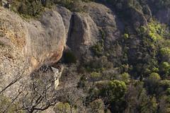 Monasterio bajo la montaña 1 (CarlosJ.R) Tags: aragón españa huesca pirineos sanjuandelapeña