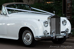 (ANNIE MARTIN PHOTOGRAPHIC IMAGERY) Tags: classic hydepark softtop weddingcars old cars white
