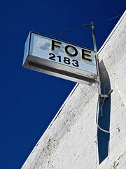 F.O.E. 2183, Lakeview, OR (Robby Virus) Tags: lakeview oregon or foe fraternal order eagles sign signage lodge organization 2183