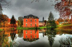 Castle Großharthau, Saxony, Germany (Veitinger) Tags: hdr veitinger deutschland germany sachsen saxony schlos castle grosharthau dorf village gebäude building see lake wasser water reflektionen reflections farben colors herbst autumn reflektion reflection