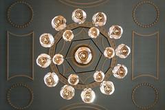 Chandelier VI (Jan van der Wolf) Tags: map164182v chandelier kroon kroonluchter lamps church kerk perspective perspectief symmetric symmetry dissymmetry lowpov frogperspective saintjamesclerkenwell clerkenwell art