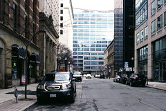Toronto St. in Colour (Bill Smith1) Tags: april2017 believeinfilm billsmithsphotography heyfsc lomographyfsquard400 nikkoro35f2lens nikkormatel toronto