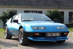 Alpine Renault A310 V6 Ph. 2 (seb !!!) Tags: alpine renault a310 v6 2 phase ii 2017 auto automobile automovel automovil automobil berlinette coupé coach fastback canon 1100d cars anciennes ancienne old oldtimers populaire voiture wagen car coffee breuilpont seb france française français french französisch frankreich francia frança francese francês francés photo picture foto image bild imagen imagem classique classic klassic bleu blau blue azul blu