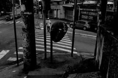 Cocaia, GRU (Th. C. Photo) Tags: street streetphotography streetphoto streetphotographysp photography fotografia rua fotografiaderua pretoebranco blackandwhite pb bw cocaia gru guarulhos sp sãopaulo