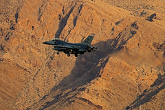 Sunrise Mountain At Nellis (planephotoman) Tags: generaldynamics f16 f16c fightingfalcon falcon viper lawndart wi rd 87288 870288 288 badger 176fs 115fw madisonwi wiang ang acc usaf redflag redflag171 414cts nellisafb lsv klsv sunrisemountain