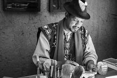 Artist (toletoletole (www.levold.de/photosphere)) Tags: fujixt2 marokko zagora morocco artist künstler maler portrait porträt sw bw