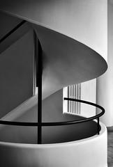 Villa Savoye / Le Corbusier (Burçin YILDIRIM) Tags: bw white house paris france building home architecture modern stairs europe curves modernism international villa maison modernarchitecture circular corbusier modernist balustrade poissy