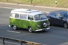 VW 5M5A0029 (kenjonbro) Tags: uk green stone vw volkswagen camper mobilehome transporter campervan type2 dartfordtunnel motorcaravan caravanette a282 worldcars dartfordrivercrossing kenjonbro canoneos5dmkiii canonef70200mm128l1siiusm udx36k