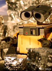 Lonely Wall-E (Toy Photography Addict) Tags: toys disney actionfigures pixar diorama walle toyphotography toydiorama thinktoys clarkent78 jeffquillope toyphotographyaddict