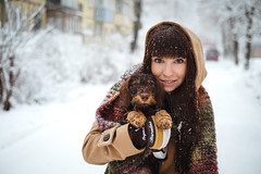 DSCF9520 (KirillSokolov) Tags: winter portrait dog snow girl 35mm puppy russia dachshund fujifilm fujinon 3514 xe1 mirrorless